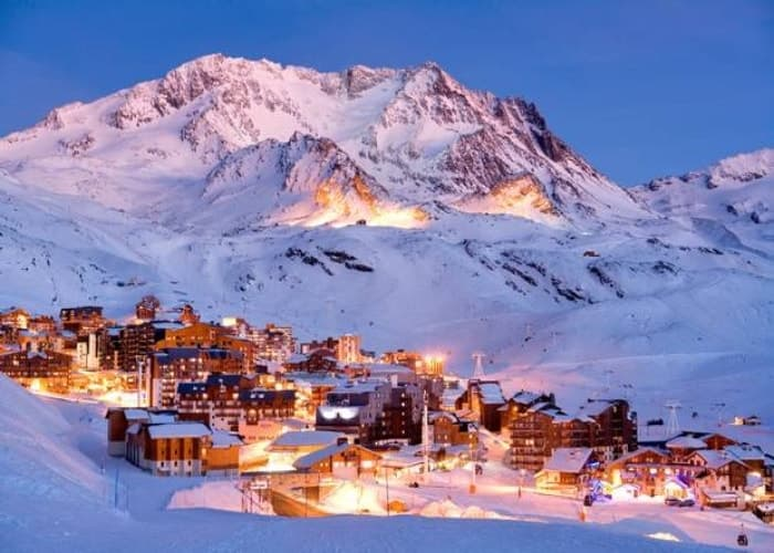 Skiing in Val-Thorens